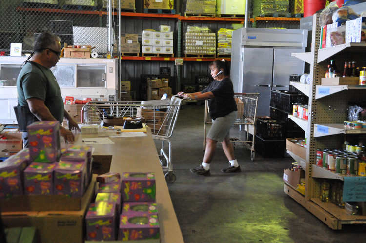 Organizing Donated Food